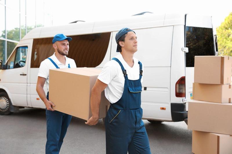 Déménagements et service de garde-meubles dans la localité de Courtemaîche